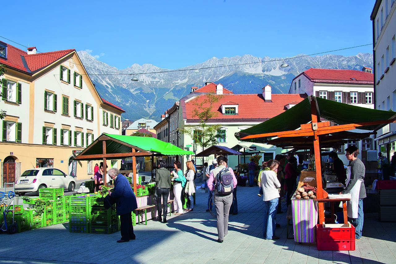 Jeden Samstag Bauernmarkt am Wiltener Platzl, Innsbruck